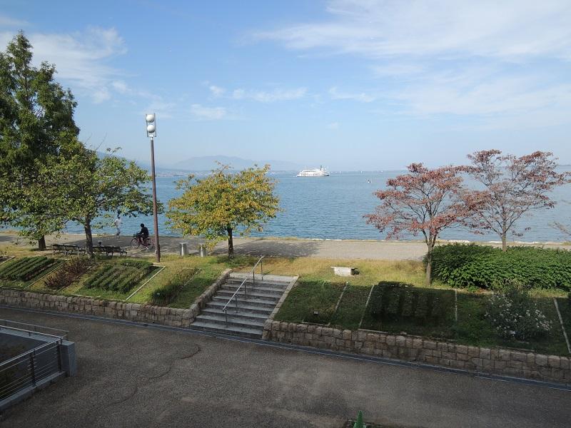 びわ湖ホールからの風景