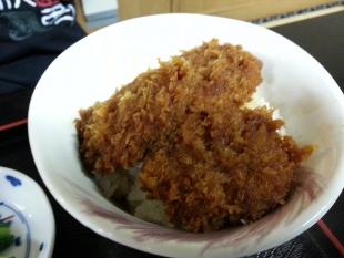 たつみ食堂 ひれかつ丼セット (2)