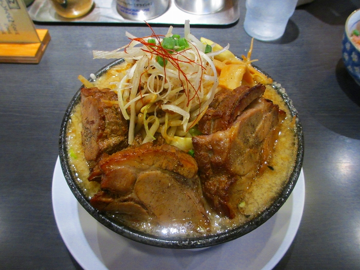 万人家中山 HG麺