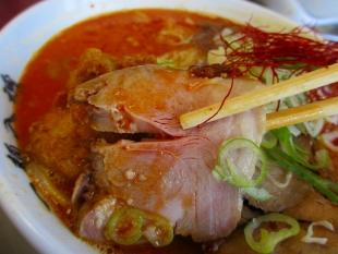 ドカメン 辛味噌肉4種盛 肉 (3)
