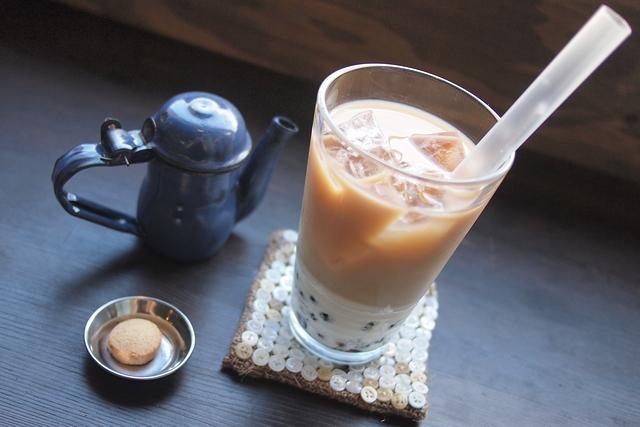 MOND CAFE038