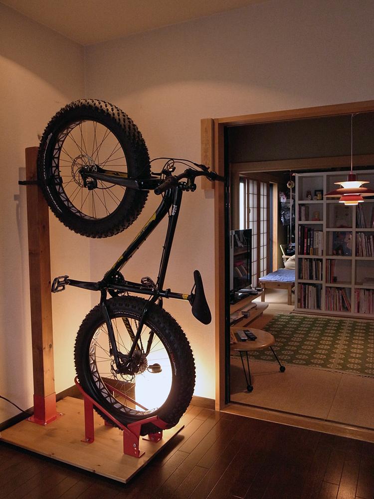 ファットバイク用縦型スタンドを作る。