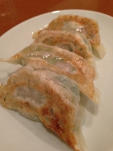 栄児焼き餃子