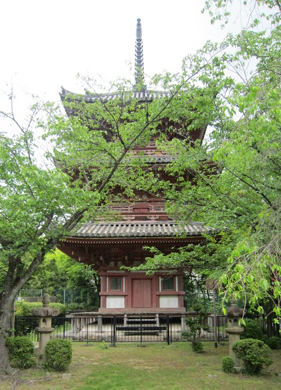 宝積寺三重塔
