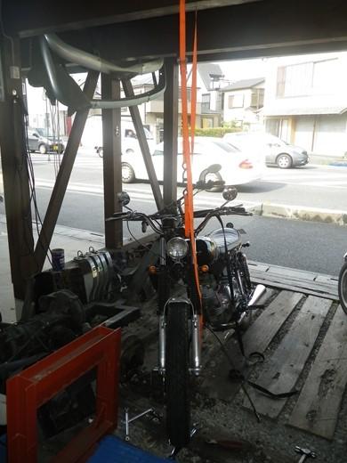 アエルマッキタイヤ交換フロント (8)