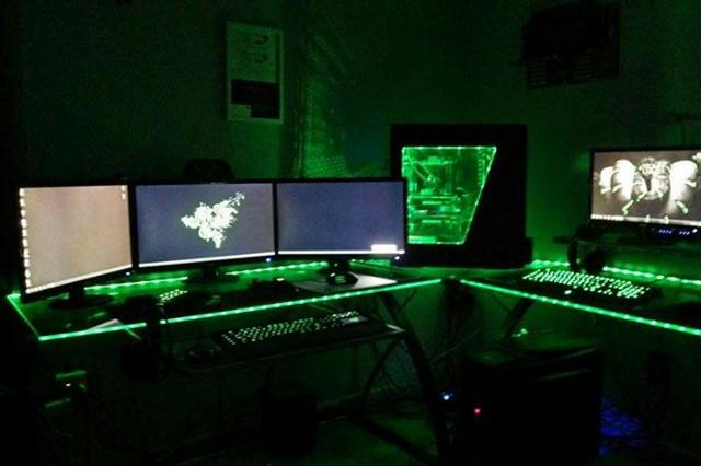 Desktop_Razer8_10.jpg