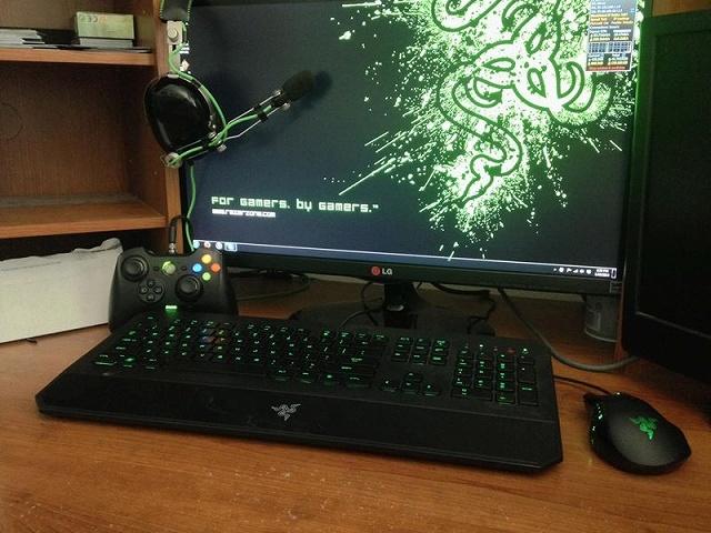 Desktop_Razer8_21.jpg