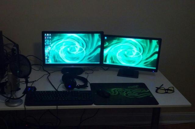 Desktop_Razer8_40.jpg