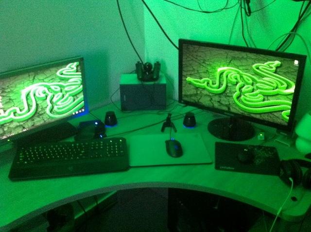 Desktop_Razer8_43.jpg