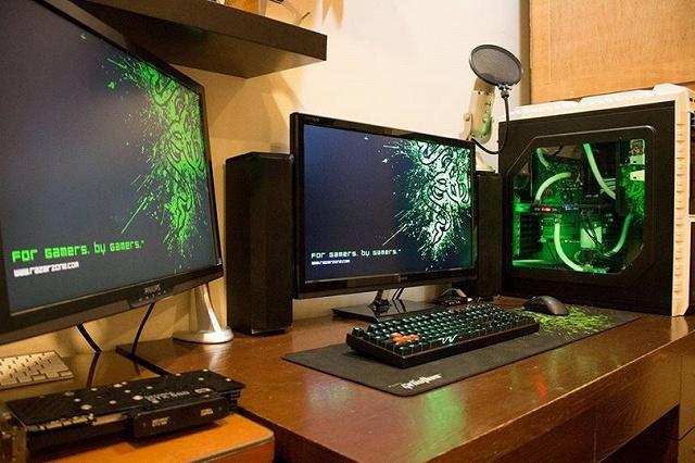 Desktop_Razer8_58.jpg