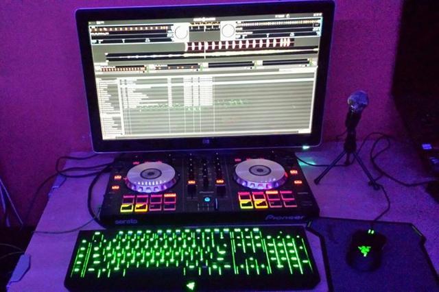 Desktop_Razer8_67.jpg