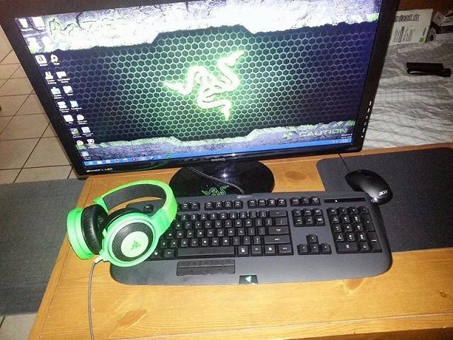 Desktop_Razer8_71.jpg