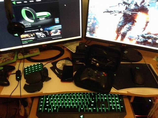Desktop_Razer8_75.jpg