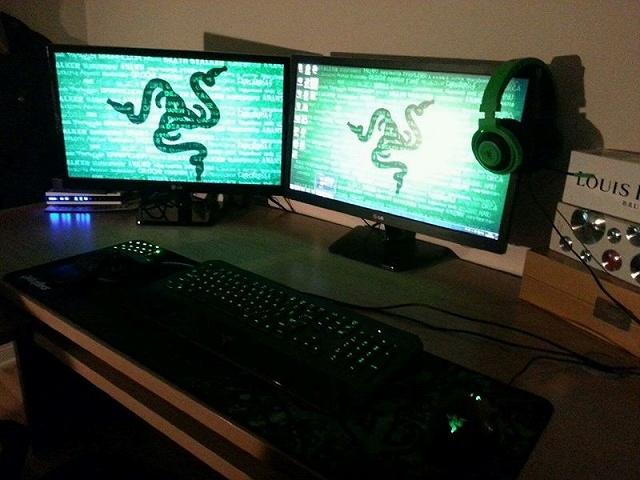 Desktop_Razer8_82.jpg