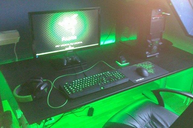 Desktop_Razer8_83.jpg