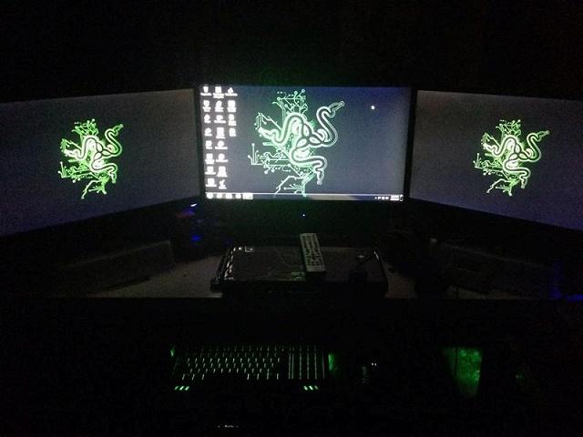 Desktop_Razer8_87.jpg