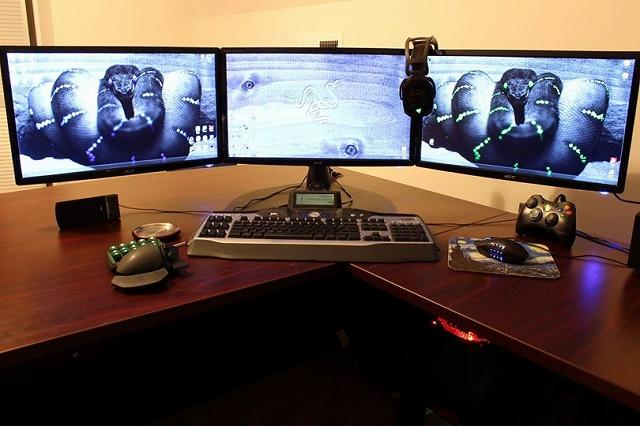 Desktop_Razer8_93.jpg