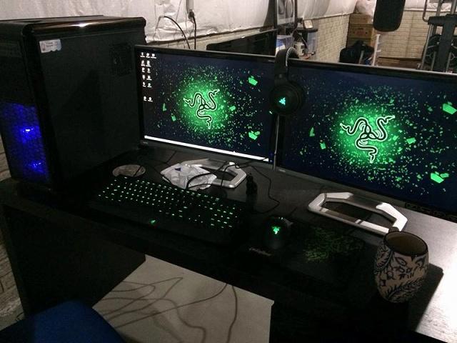 Desktop_Razer8_98.jpg