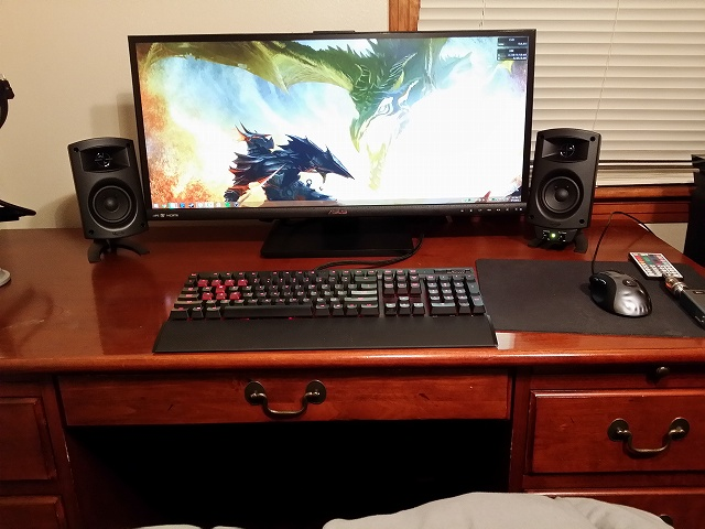 Desktop_UltlaWideMonitor_36.jpg