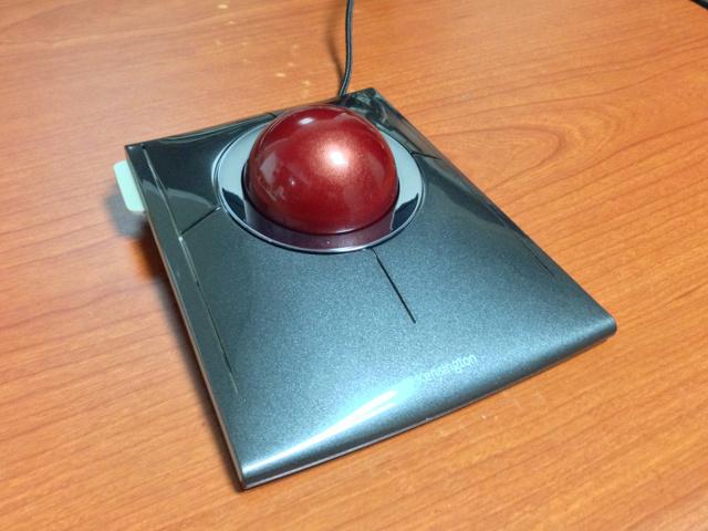 SlimBlade_Trackball_05.jpg