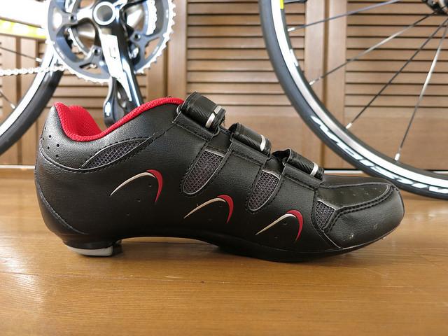 dhb_Road_Cycling_Shoes_03.jpg