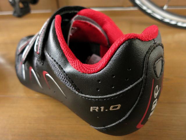 dhb_Road_Cycling_Shoes_10.jpg