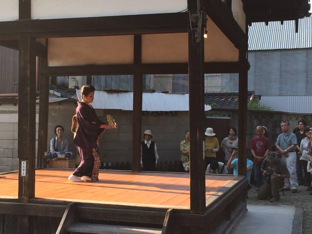八坂神社奉納舞1